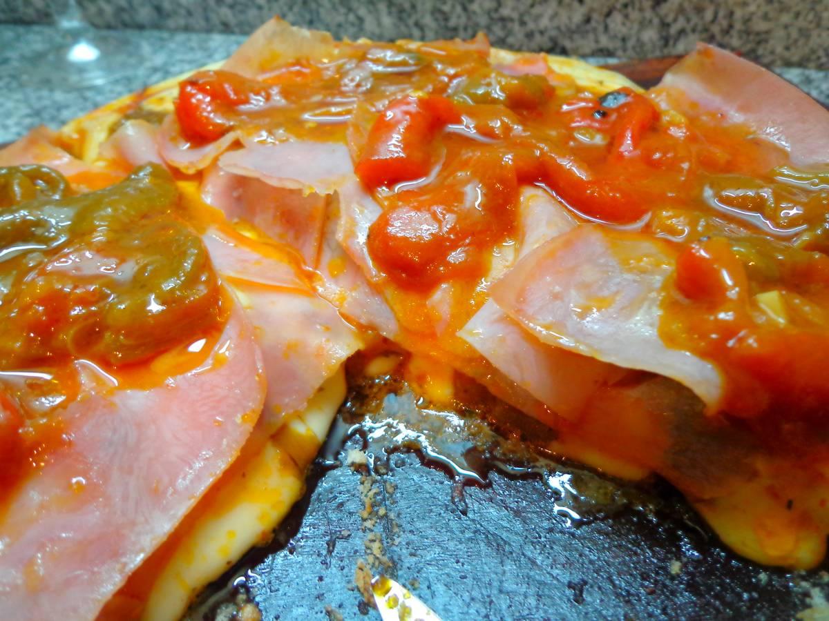 pizzs-parrilla-jamon-morrones-receta-locosxlaparrilla-19